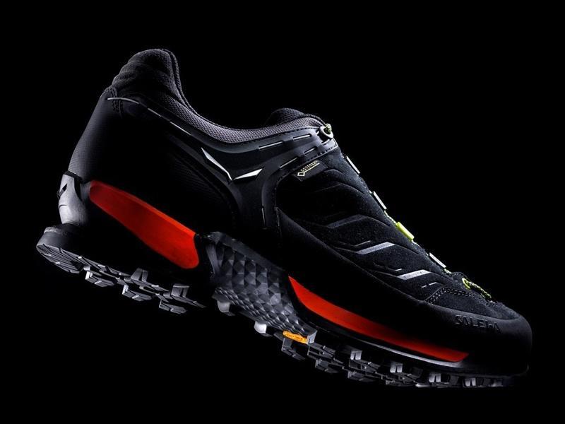 32e4462d9 Salewa MTN Trainer GTX night black/kamille | Sportrysy.sk